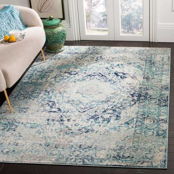 Safavieh Madison Vintage Geometric Ivory / Blue Rug - 8' x 10'